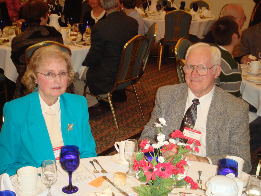 Don Fechner and wife Wanda sitting together
